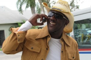 IAN SWEETNESS HOLDS ON TO THE NO.1 SPOT OF THE SOUTH FLORIDA REGGAE CHART!